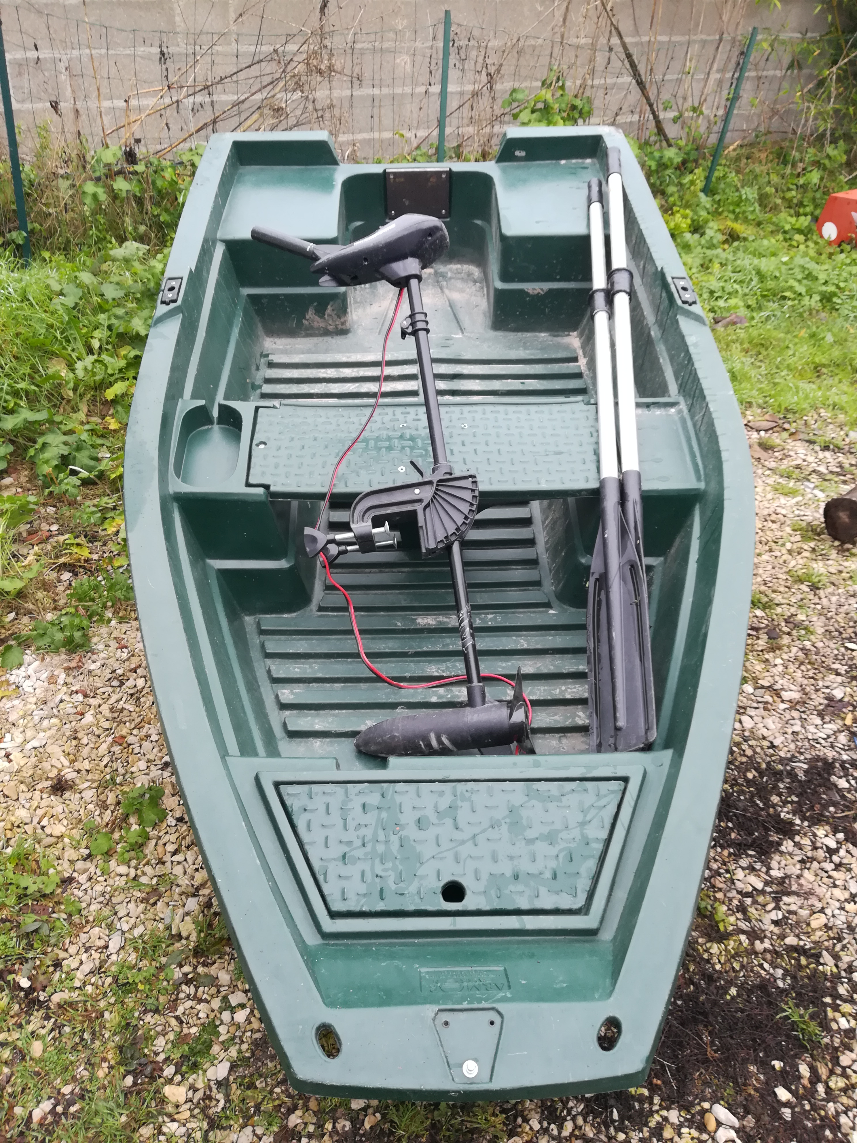 Barque plus moteur électrique