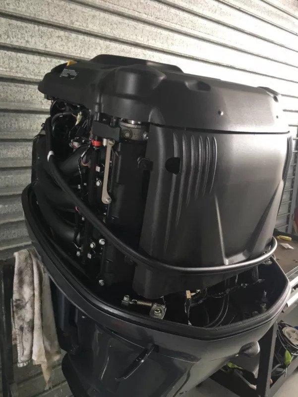 Moteurs de Bateau Yamaha 300 CV modèle 2015